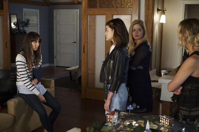 pretty boots 5 - Pretty Little Liars - These Boots Were Made for Stalking (Season 7/ Episode 12 Review)