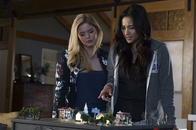 pretty boots - Pretty Little Liars - These Boots Were Made for Stalking (Season 7/ Episode 12 Review)