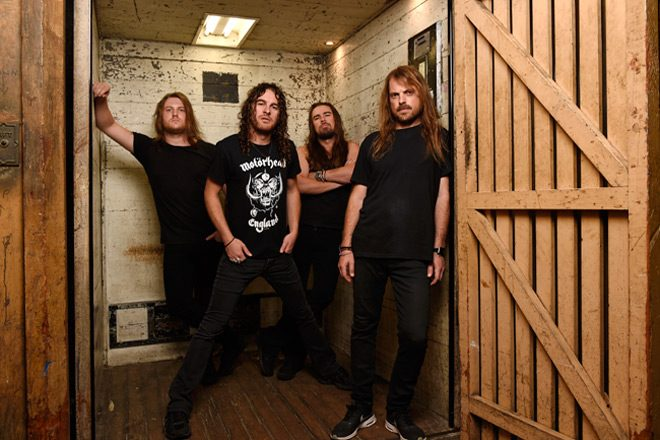 AB7923 MARTIN PHILBEY - Airbourne - Diamond Cuts - The B-Sides (Album Review)
