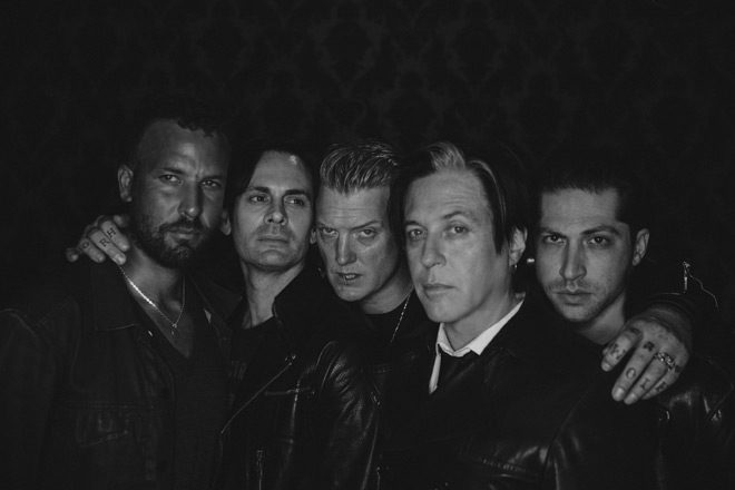 queens promo - Queens of the Stone Age - Villains (Album Review)