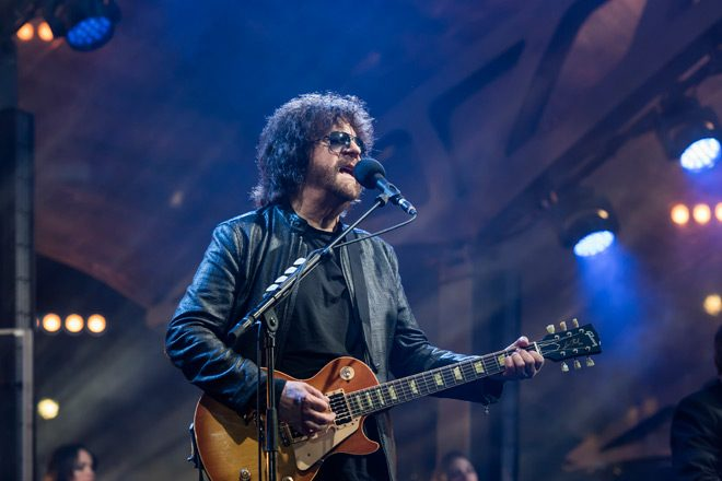 ELO approved - Jeff Lynne's ELO - Wembley or Bust ( Live Album Review)