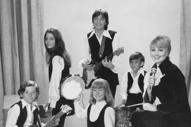 The Partridge Family Cast - David Cassidy - Forever A Teen Heartthrob