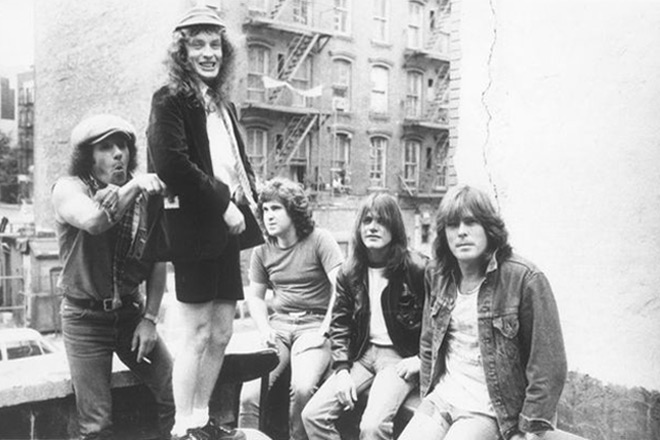 ac promo 2 - Malcolm Young - Rock-n-Roll Salutes You