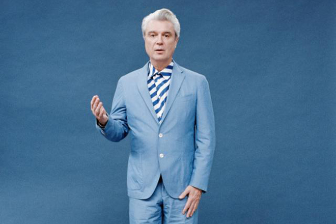 david byrne promo pic 2018 - David Byrne - American Utopia (Album Review)