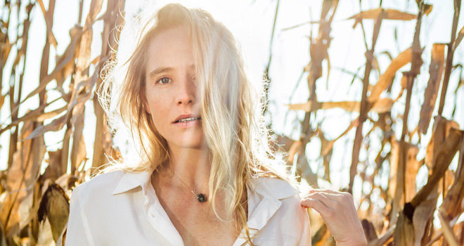 lissie3 - Lissie - Castles (Album Review)