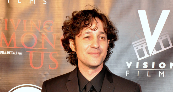 living among us premiere - Interview - Thomas Ian Nicholas