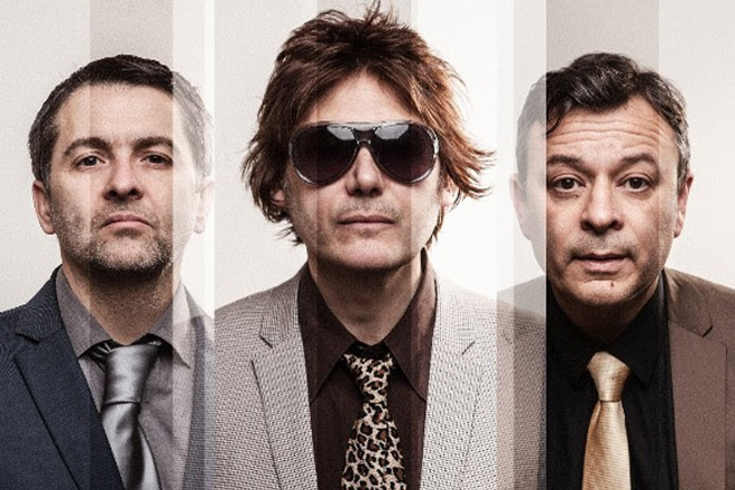 manic - Manic Street Preachers - Resistance is Futile (Album Review)