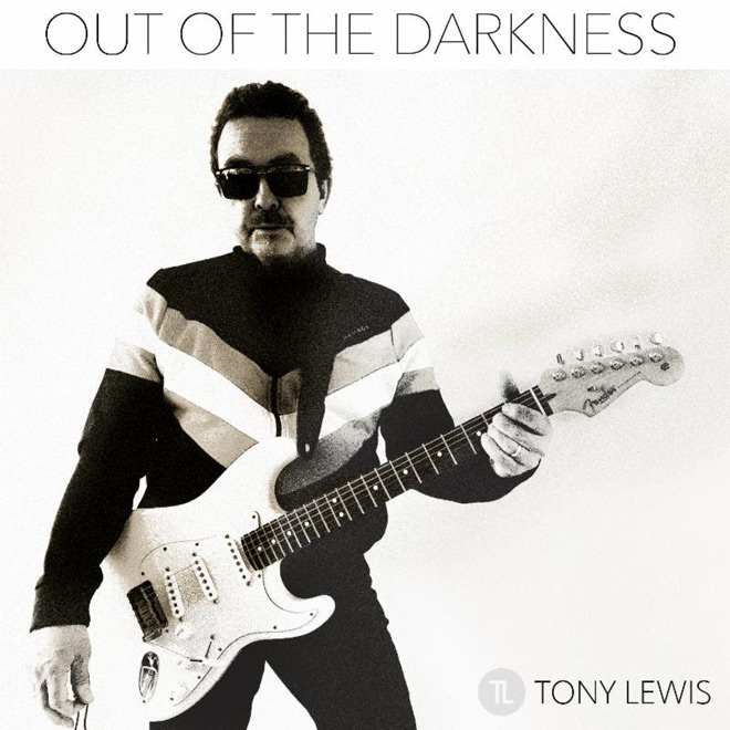 darkness - Interview - Tony Lewis from The Outfield