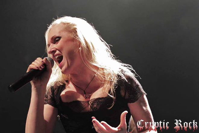 liv live 2 - Interview - Liv Kristine of Midnattsol