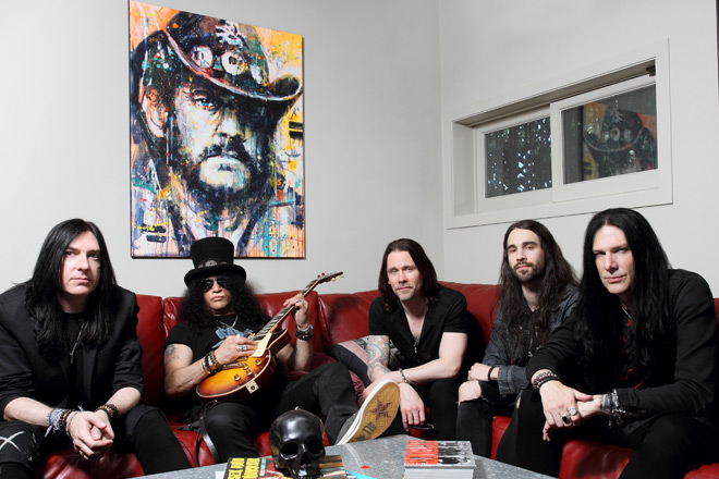 MG 2492 new - Slash featuring Myles Kennedy and The Conspirators - Living the Dream (Album Review)
