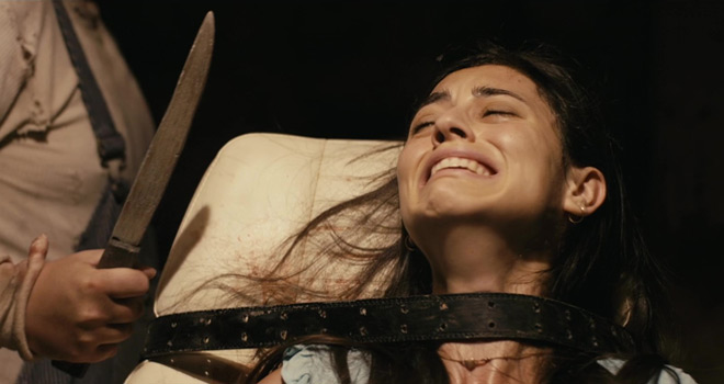 scarecrow knife - Scarecrows (Movie Review)