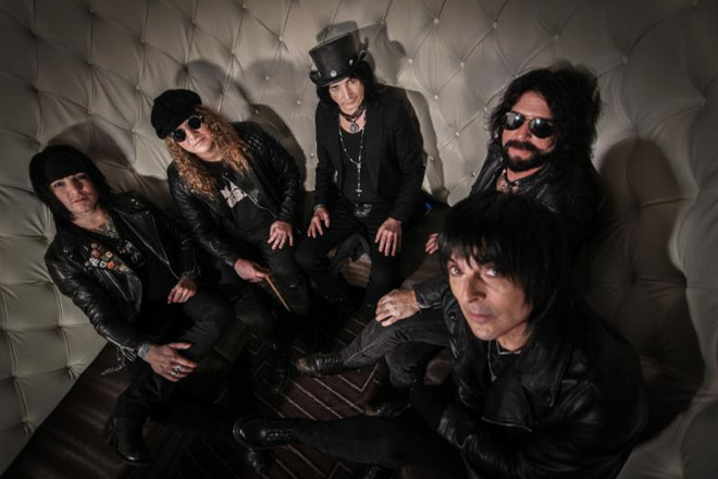 la guns promo - L.A. Guns - The Devil You Know (Album Review)