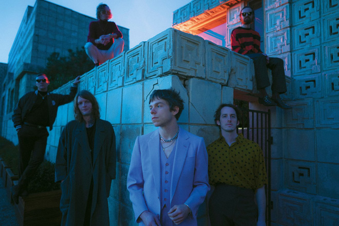 cage the elephant 2019 - Cage the Elephant - Social Cues (Album Review)