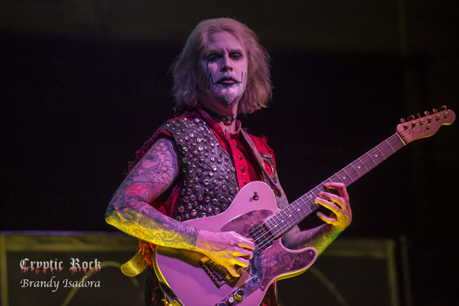 john 5 live - Interview - John 5 Talks Invasion, Rob Zombie, + More