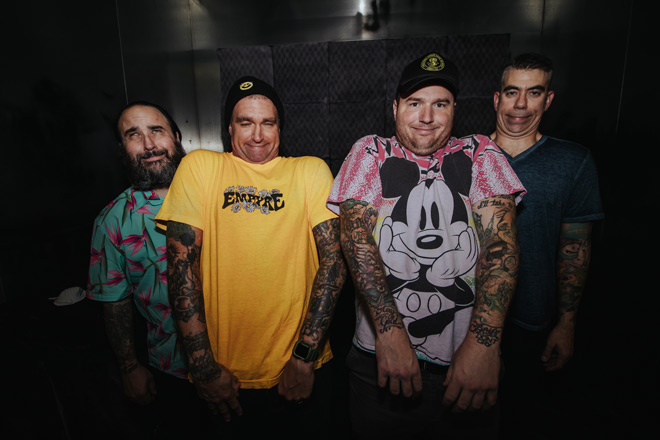 new found glory 2020 - New Found Glory - Forever + Ever x Infinity (Album Review)